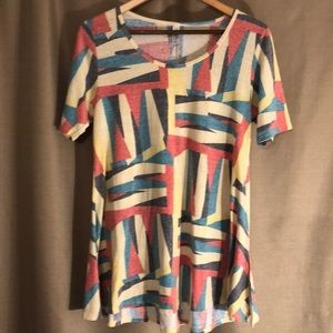 LILAROE FADED LOOK PASTEL GEOMETRIC DESIGNED TUNIC